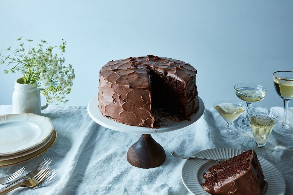 A Genius Chocolate (Vegan) Birthday Cake with Super-Fluffy Frosting