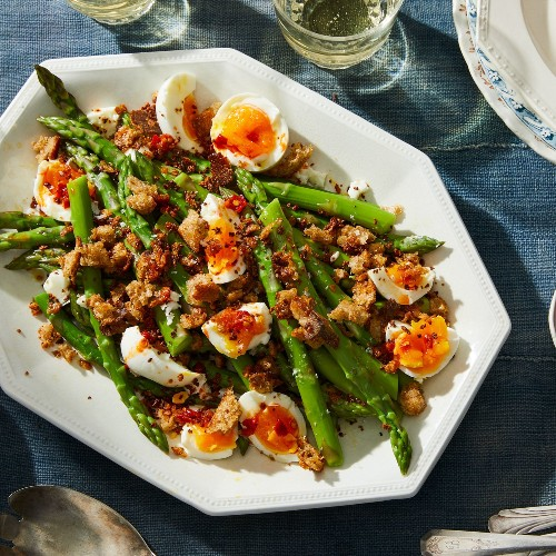 A 5-Ingredient Dinner to Kick-Off Asparagus Season Right