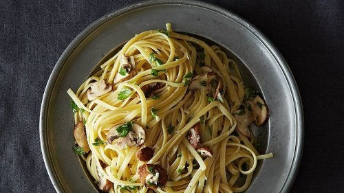 Nigella Lawson's Linguine With Lemon, Garlic & Thyme Mushrooms Recipe on Food52