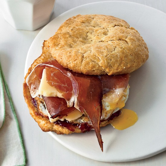 5 Ways to Give the Fast-Food Breakfast Sandwich a Makeover
