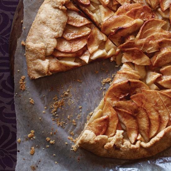 Thanksgiving Apple Desserts