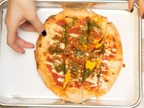 How to Make Vegan Pizza That's Actually Delicious