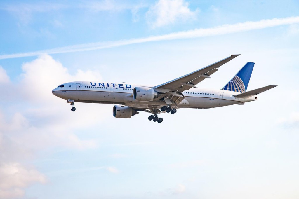 American Or United: Which Airline Should You Fly During This Pandemic?