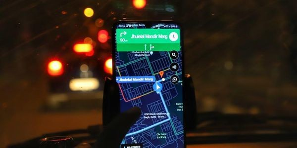 As Apple Improves Its Maps App, Google Responds By Adding A Popular Waze Feature To Google Maps On iOS