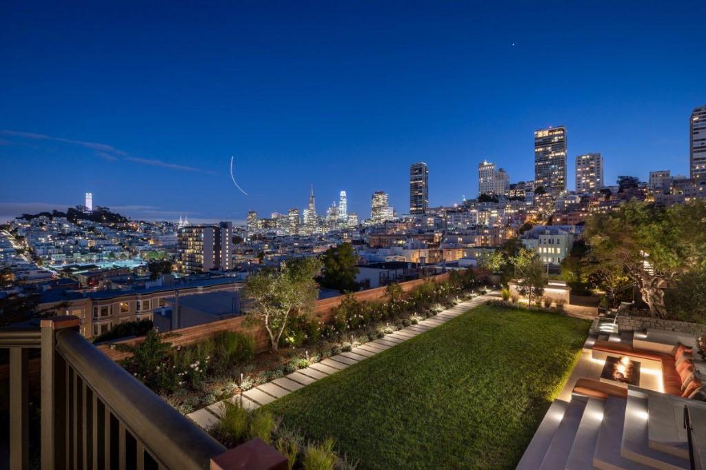Spectacular $45 Million Garden Oasis Estate Blooms Over San Francisco's Lombard Street