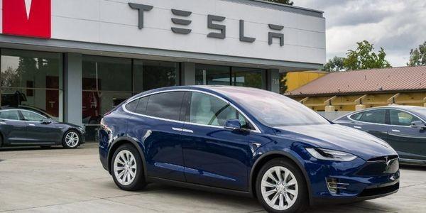 Tesla Motors Tumbles In Key Trust Measure