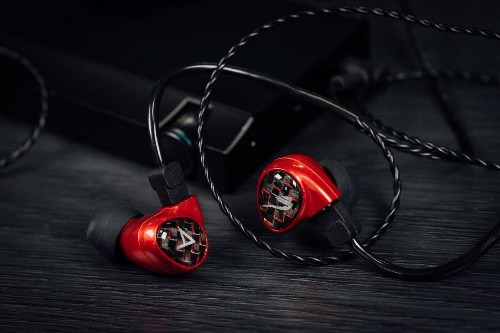 Can Billie Jean Be The King Of Affordable In-Ear Monitors?