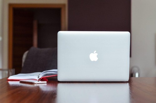 4 Reasons Why Online Courses Can Get You Out Of A Career Rut