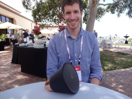 Cone - A Smart Wireless Speaker That Knows What You Want To Hear