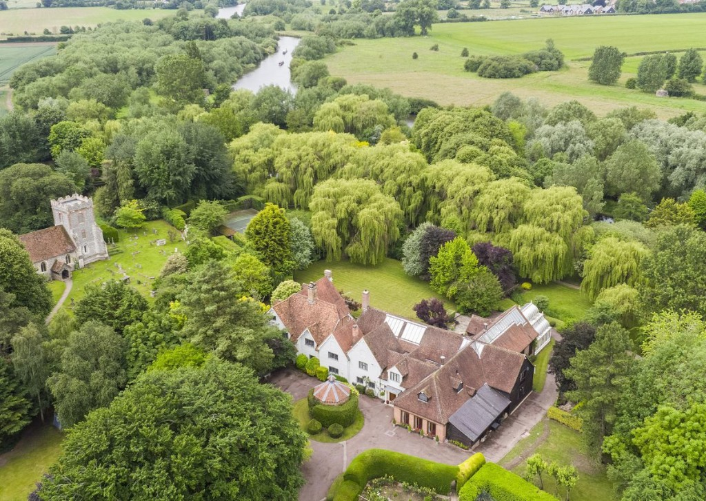 Sir Michael Caine's Former Country House In Oxfordshire, U.K., Is On Sale For $9 Million