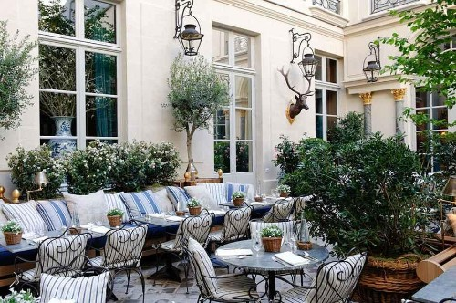Where To Eat In Paris And Soak Up The Last Of The Summer Sun