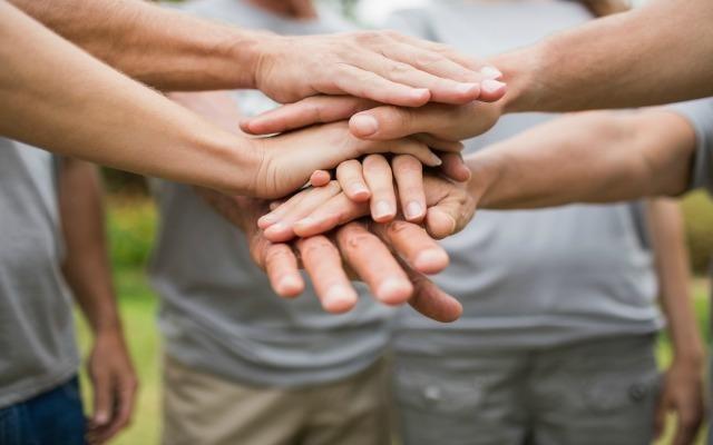 How Volunteerism Can Help Kickstart Your Career