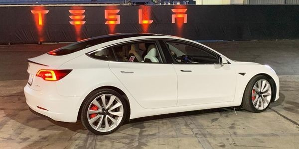Tesla's Blowout Model 3 Numbers Raise 9 New Questions
