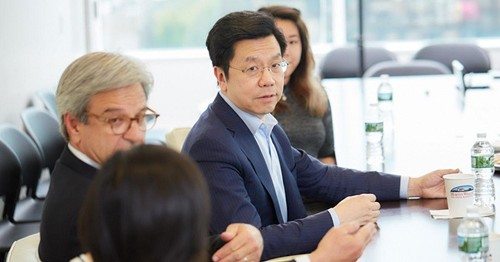 China's AI Advantage: Why Google China's Founder Sees The U.S. Losing Its Edge