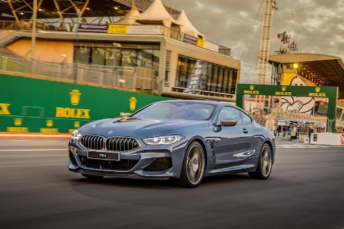 Back After 20 Years, BMW's New 8-Series Creates Own Niche With V8 Brawn and Beefy Vocals