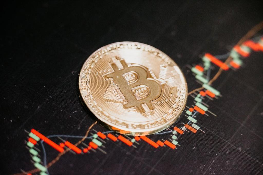 Blockchain Trading Terminal 'Crypto' Sale Scores $25M Amid ICO Market Turbulence