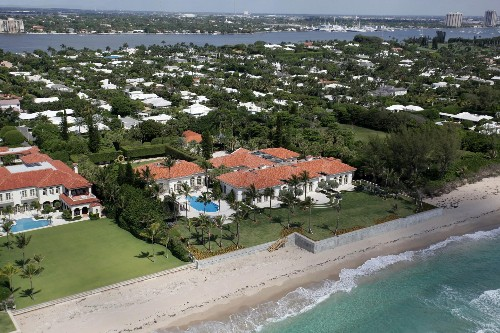 Homes Of The Highest-Earning Celebrities In 2015