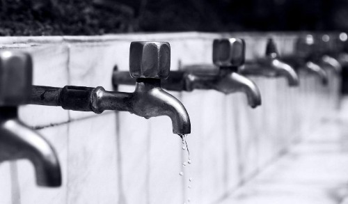 Corporate Water Risk -- Unlocking The Potential Of A Truly Liquid Asset