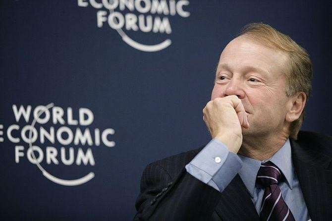Cisco CEO John Chambers: American Health Care Is At A Tipping Point