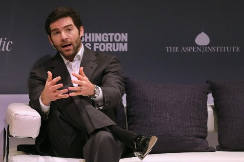 How Jeff Weiner Talked To Employees After LinkedIn's Stock Crash