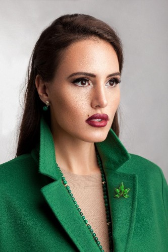 WeWork For Weed: The Beauty Queen Of Cannabis Blockchain Tackles Co-Working