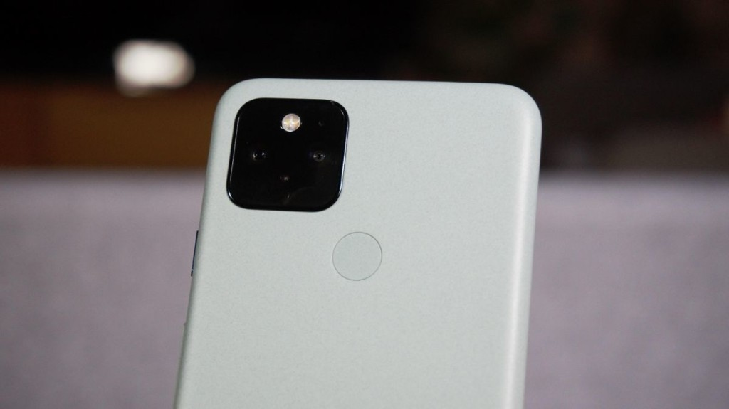 Read This Before You Buy Google's Pixel 5 Black Friday 2020 Deal
