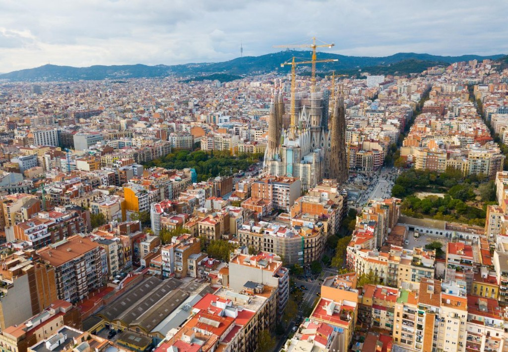 Where To Stay In Barcelona: A Neighborhood Guide