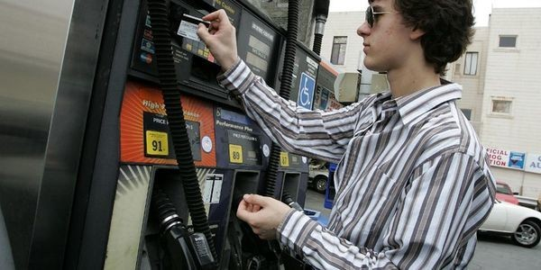 Why You Should Stop Paying For Gas With Your Debit Card