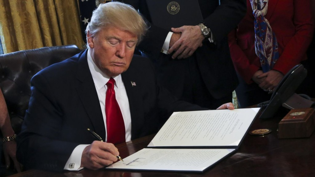 Trump To Sign Memorandum Excluding Illegal Immigrants From Congressional Representation