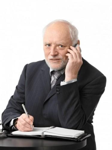 Hidden Dangers With Aging Parents' Financial Advisors