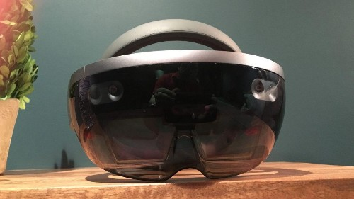 Microsoft HoloLens Review: Winning The Reality Wars