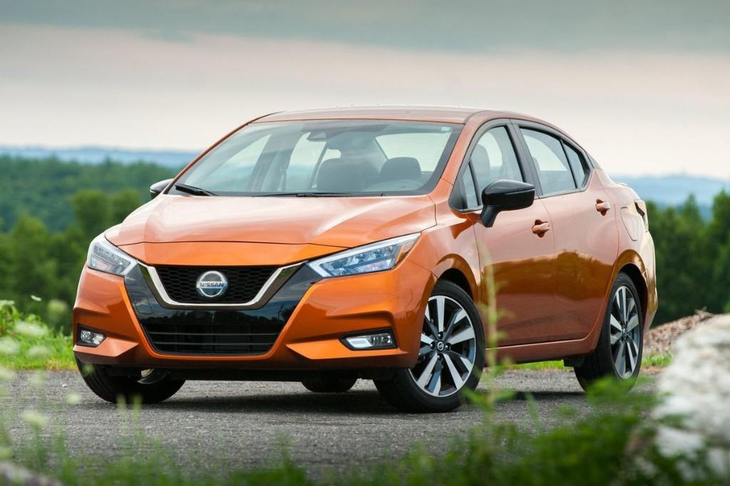 2020 Nissan Versa SR Review