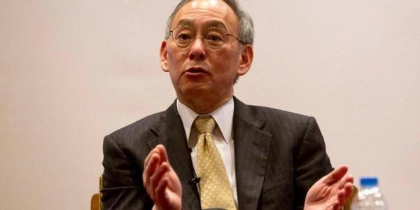 The World Economy Is A Pyramid Scheme, Steven Chu Says