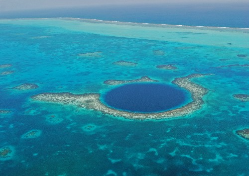 Richard Branson To Join Personal Submarine Expedition To The Bottom Of The Blue Hole In Belize