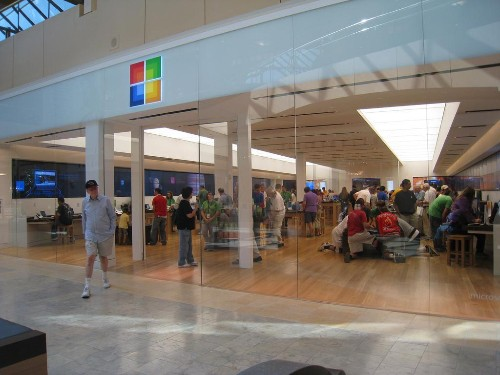 Microsoft's Retail Stores May Hold The Key To Its Future Success