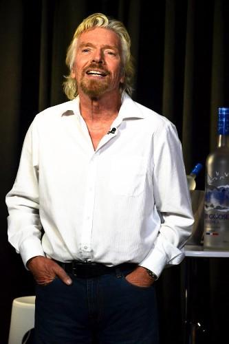 Ten Years Ago SpaceShipOne Flew To Space. When Is Richard Branson's SS2 Going Up?
