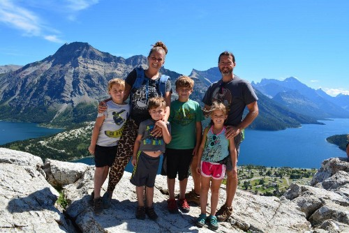 How This Couple Travels Full-Time While Making A Living And Raising 4 Kids