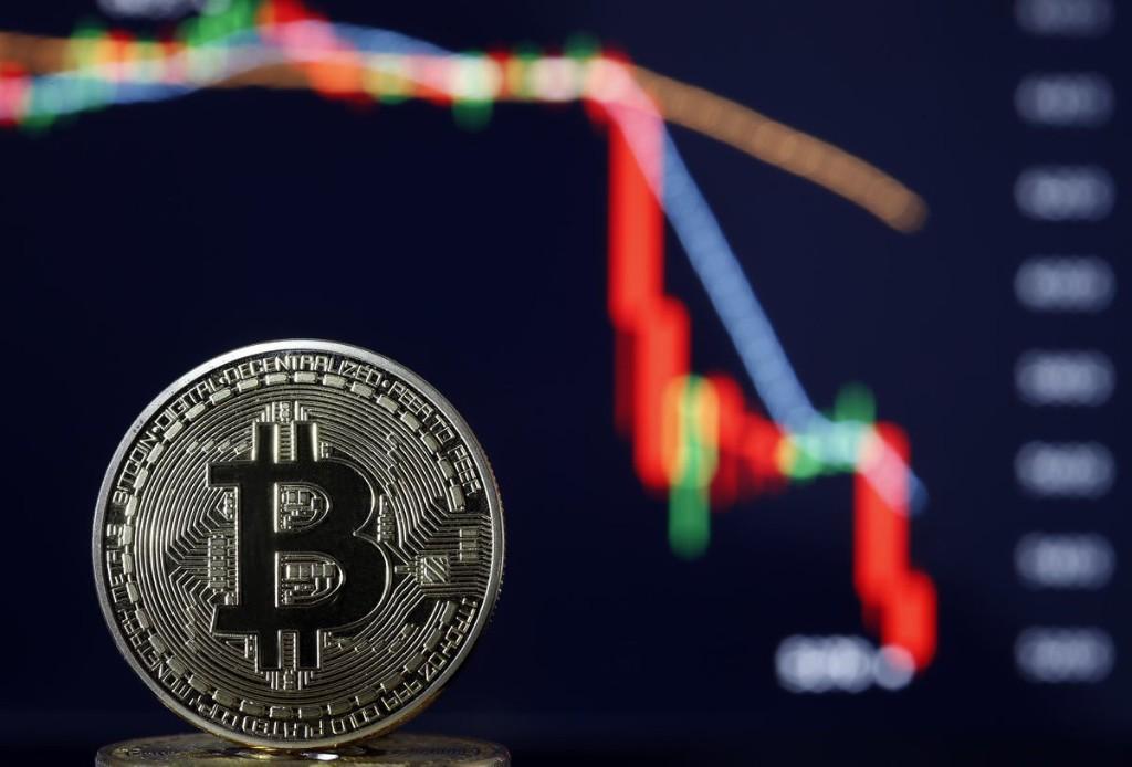 $50 Billion Crash—What Next For Bitcoin, Ethereum, Ripple's XRP, Litecoin And Chainlink?