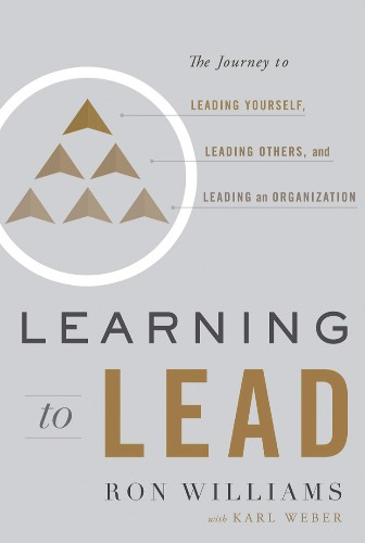 Best Leadership Books: 8 Essential Reads You Need In Your Library