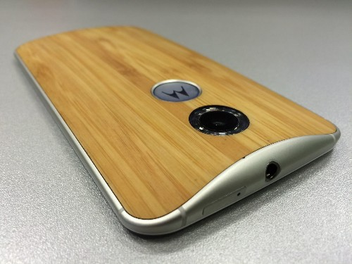 Moto X: 5 Reasons Why You Should Buy One Of 2014's Best Smartphones