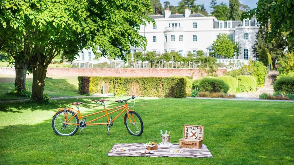 UK Staycation 2020: Historic Country House Hotel, Coworth Park, Celebrates Its 10th Anniversary