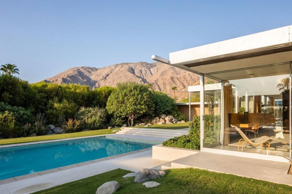 The Kaufmann Desert House, A Modernist Masterpiece, Is For Sale For $25 Million