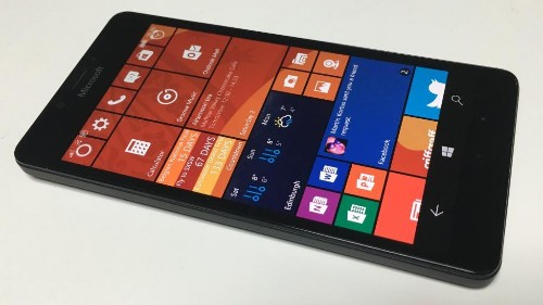 Impressive Windows 10 In Lumia 950 Highlights Microsoft's Risky Strategy