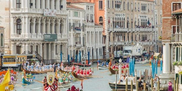 How To See Venice During One Of Its Most Spectacular Weekends