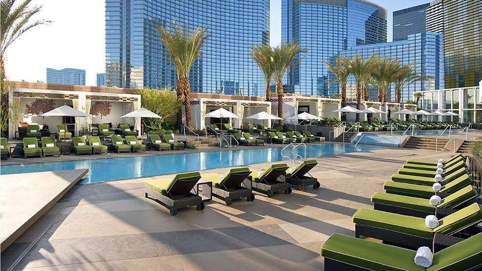 F1rst Class Travel: Las Vegas - cover