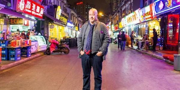 Andrew Zimmern's Genius Hack: How To Find A Fabulous Restaurant In Any City