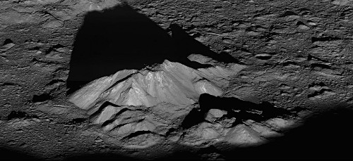 5 Lessons From NASA's Lunar Reconnaissance Orbiter
