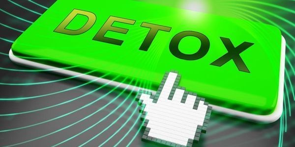 How To Do A January Detox With Tech: The Essentials For Your New Years Cleanse