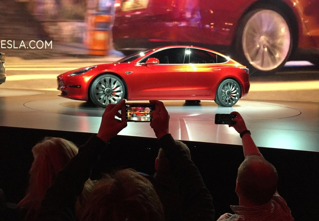 Tesla To Get Serious Competition From Volvo And Porsche In Electric Battle
