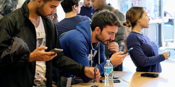 Black Friday iPhone And Android Deals: Why That Upgrade May Not Be Such A Good Idea